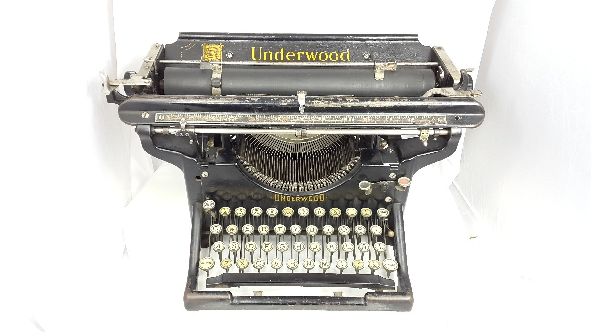Maquina de escribir antigua underwood big colecci n for Mesa para maquina de escribir antigua