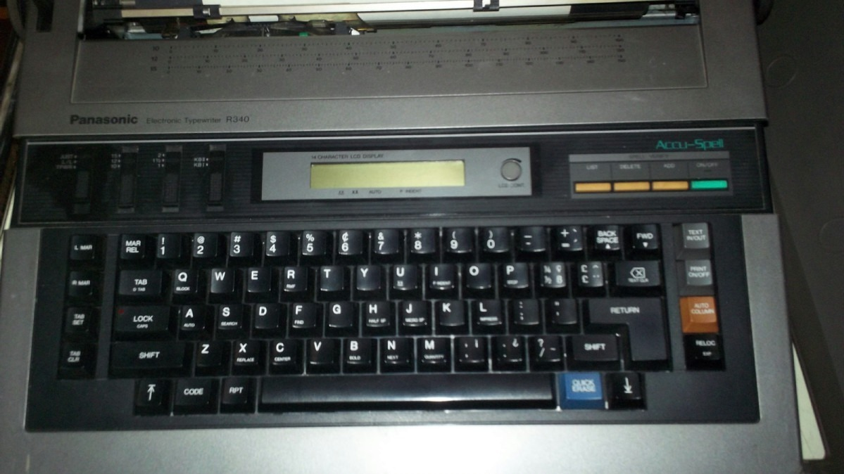 Tiendas De Muebles Segunda Mano : Maquina de escribir electronica panasonic con pantalla