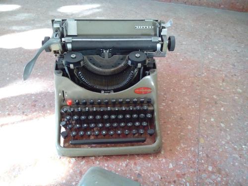 maquina de escribir olivetti lexikon 80