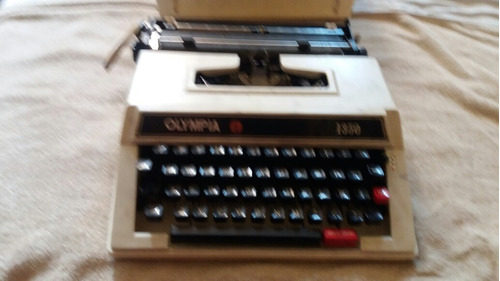 maquina de escribir olympia 1350