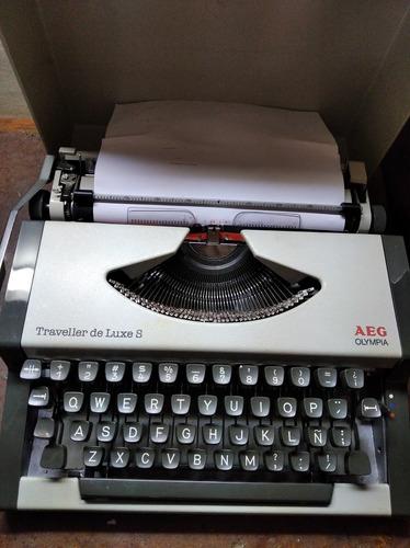 máquina de escribir olympia aeg con estuche oferta 20 vds
