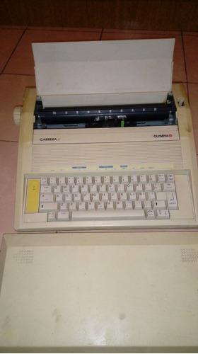 maquina de escribir..olimpia...carrera 1