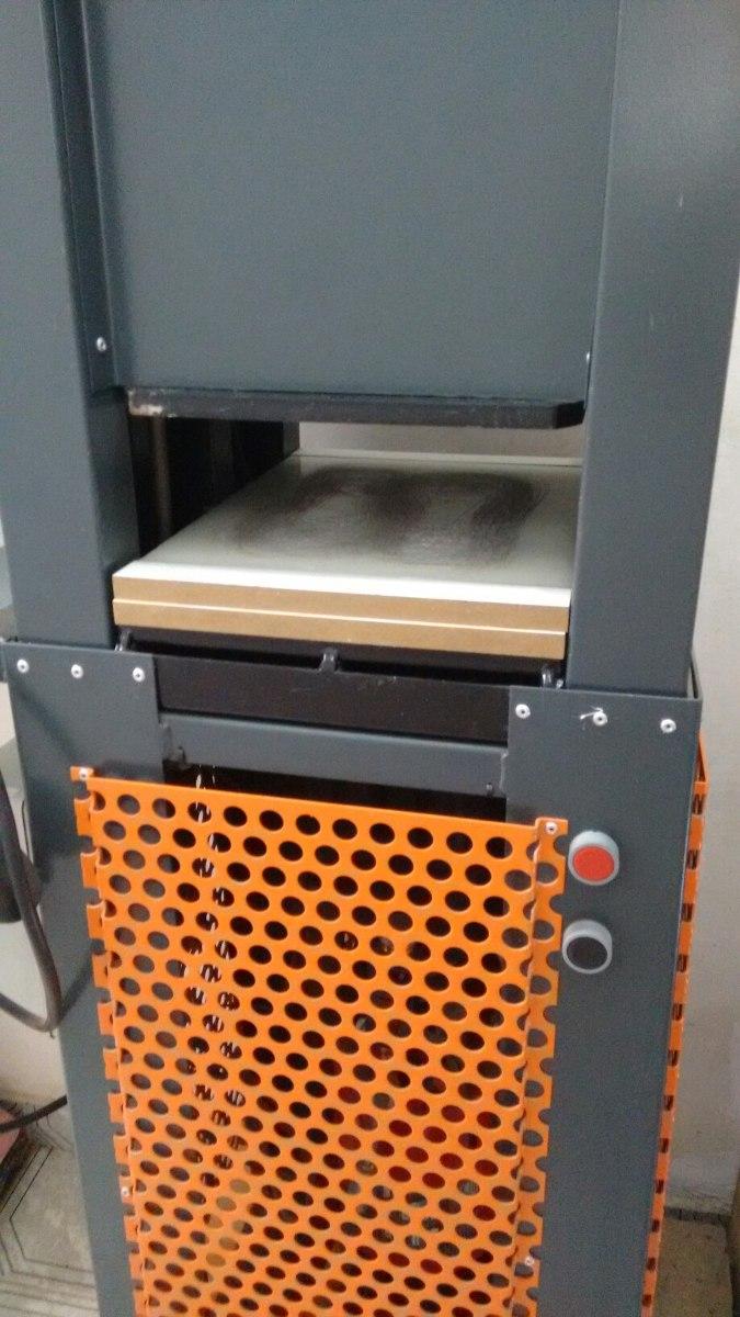 7ee2c74f2 Máquina De Fazer Chinelos Mister L - R$ 2.800,00 em Mercado Livre
