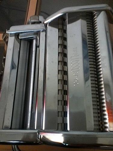 maquina de hacer pasta marca imperia (italiana)