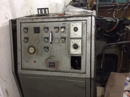 maquina de inyección de metal