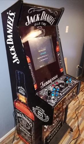 maquina de juegos con mas de 1000 juegos en excelente estad.