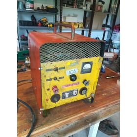 Maquina De Soldar Combinada Con Cargador De Baterias