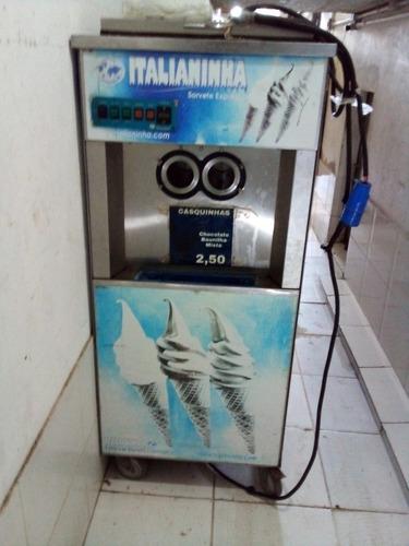 máquina  de sorvete  italianiha
