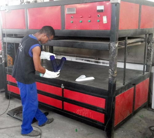 maquina de vacuum forming (termo moldagem de plástico)
