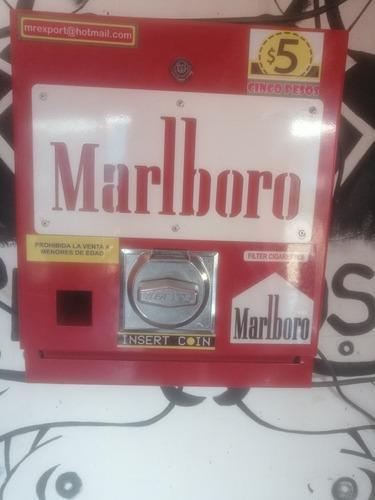 maquina despachadora de cigarros vending