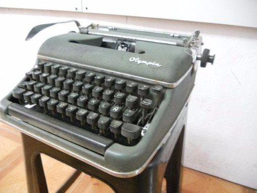 maquina escribir olympia `1960 typewriter made germany.