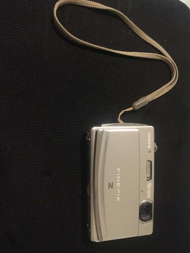 maquina fotográfica, câmera fuji finepix z