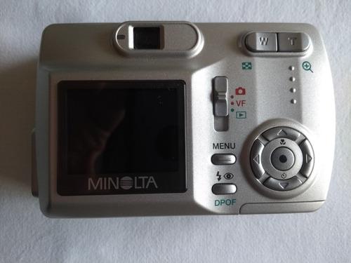 maquina fotografica digital minolta dimage e323