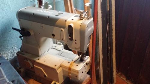 máquina industrial collaretera pegasus w700