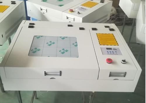 máquina láser cnc grabado