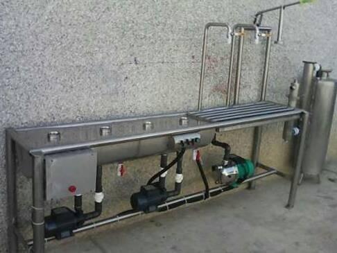 maquina llenadora de botellones para agua potable