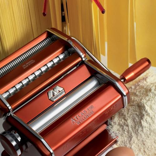 máquina marcato para macarrão vermelha com 3 tipos de mass
