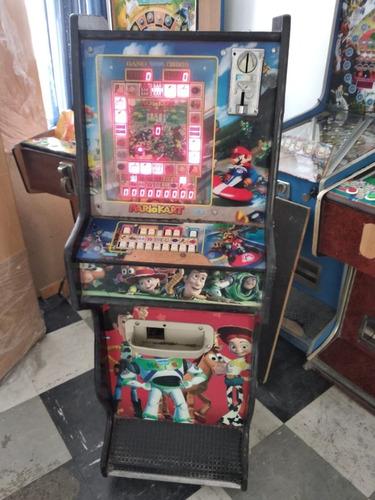 maquina paga monedas picachu