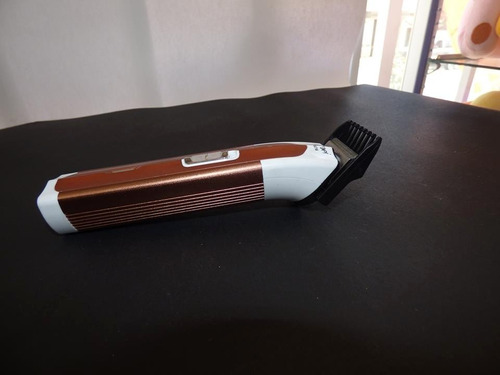 maquina para cortar cabello portatil recargable