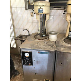 Máquina Para Fabricar Helado Artesanal Y Los Tachos De Acerb