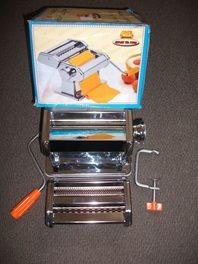 maquina para hacer pasta con acomplamiento