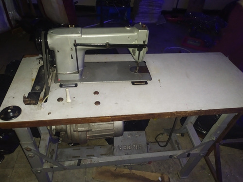 máquina singer plana