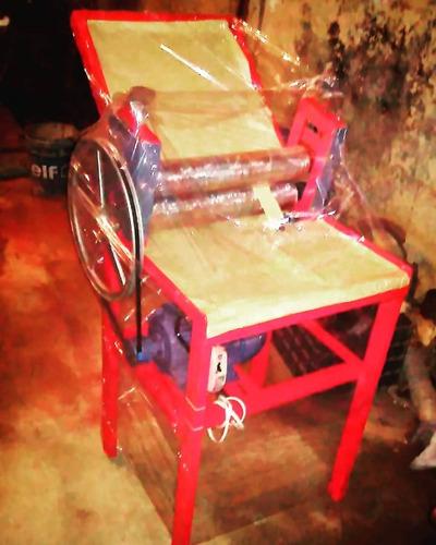 maquina sobadora laminadora de panaderia
