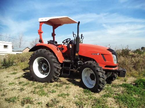 maquinaria agricola tractor