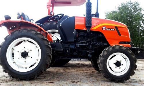 maquinaria agrícola tractor