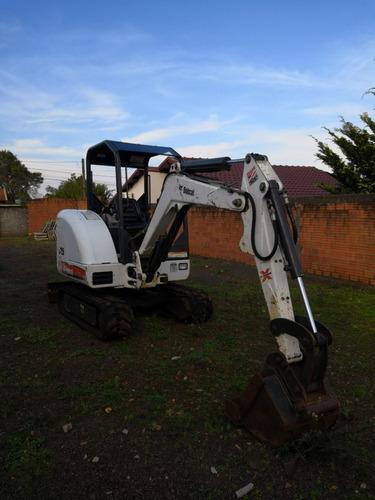 maquinaria construção escavadeiras