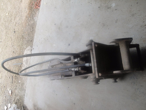 maquinaria de construcción martillo bobcat