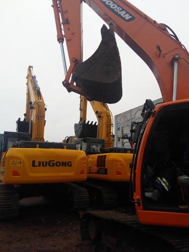 maquinaria de construção escavadeiras