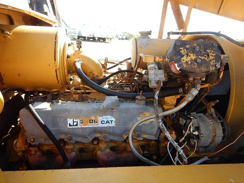 maquinaria montacarga caterpillar v300b gm106613