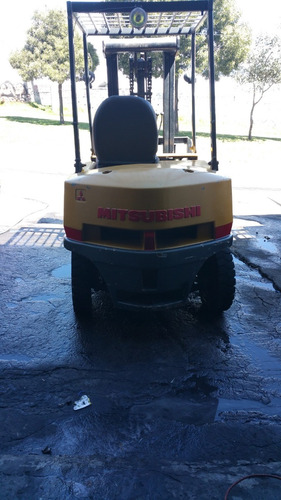 maquinaria pesada, montacargas, a diesel