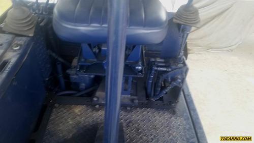 maquinaria pesada retroexcavadoras