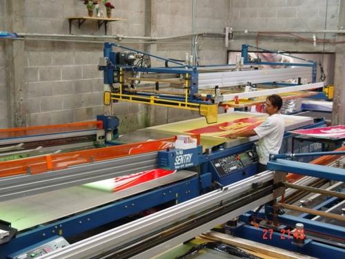 maquinas de impresion en serigrafia plana de gran formato,