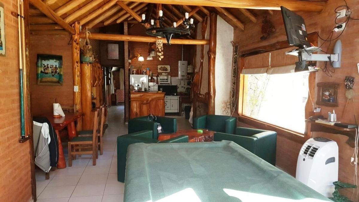 mar azul casa 6 ambientes a 250 mts del mar!!!!