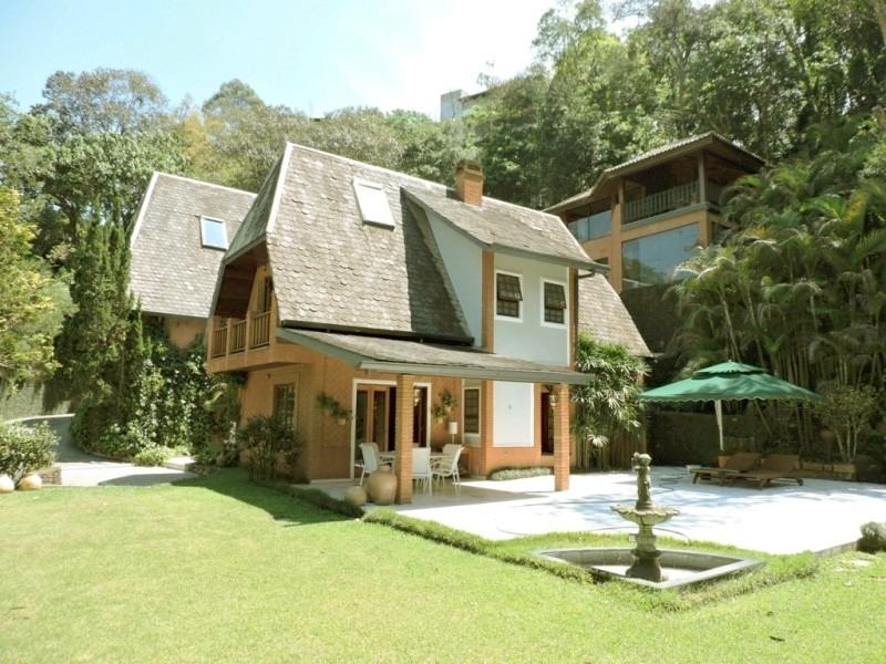 maravilhosa casa diferenciada venha conhecer. silva 65038