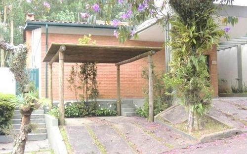 maravilhosa casa em condomínio fechado  no morumbi.