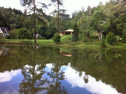 maravilhosa chácara com lago e bem localização