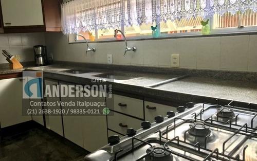 maravilhosa residência em itaipuaçu 4qtos (2 suítes) com piscina e churrasqueira
