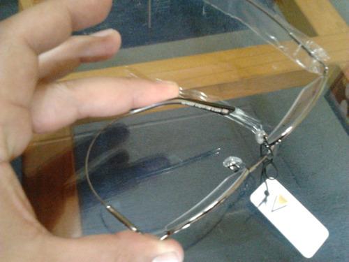 marco armazón óptico semi al aire ultra flexible de titanio