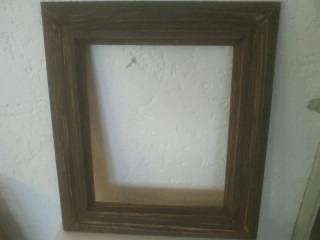 Marco de madera moldurado para espejo o cuadro for Disenos de marcos de madera para espejos