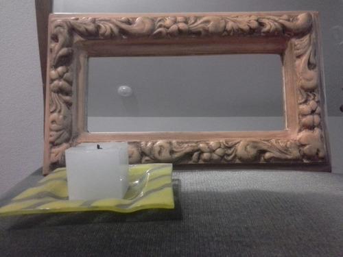 marco de yeso estilo frances con espejo