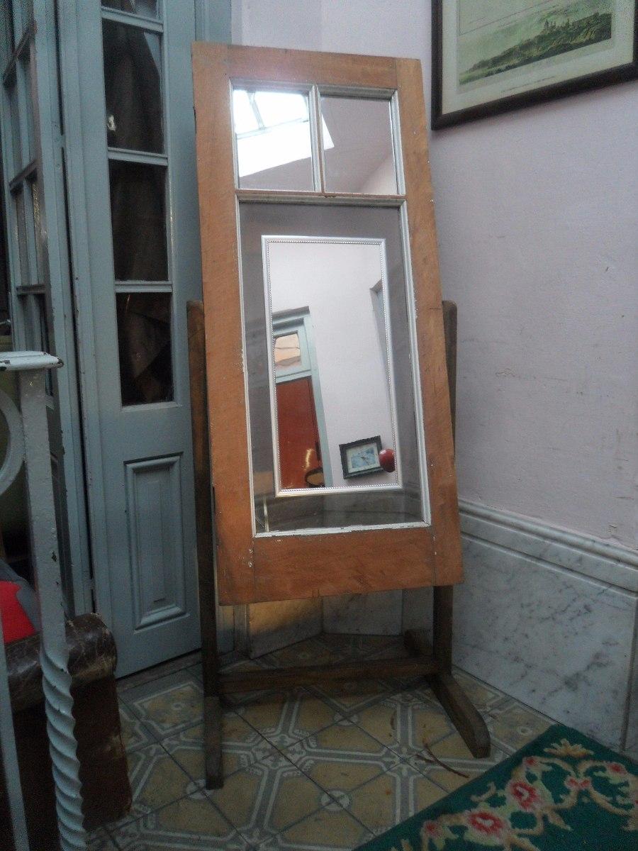 Espejo de pie batiente y marco de madera con fantas a - Espejos marco madera ...