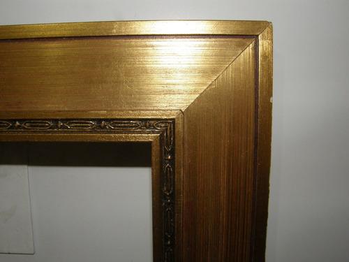 marco para cuadro dorado a la hoja