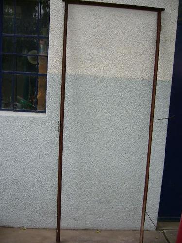 marco para puerta de hierro