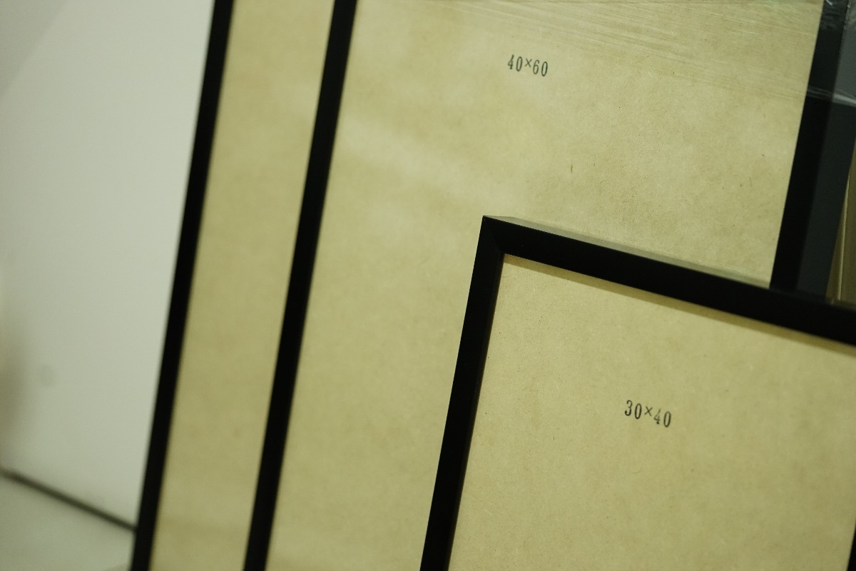 Marcos Cuadros Box 30x40 Negro Blanco Tipo Nórdico Moderno - $ 345 ...