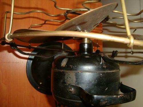 marelli. antiguo ventilador con 4 aspas y jaula de bronce.