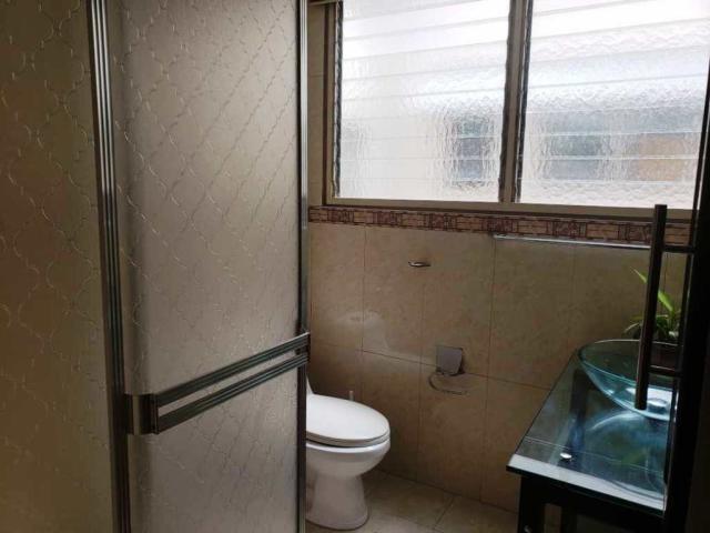 maria jose 19-14918 vende apartamento en la florida
